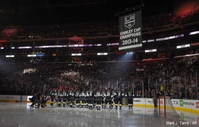 Kings banner 2014 b AP Photo  Mark J. Terrill