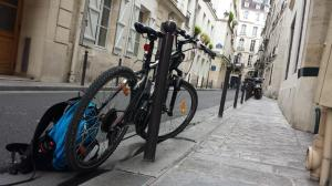 Craig's trusty bike taking a break in Paris